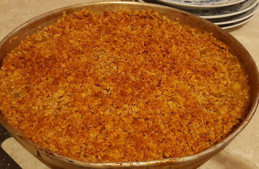 Mum's Apple Crumble